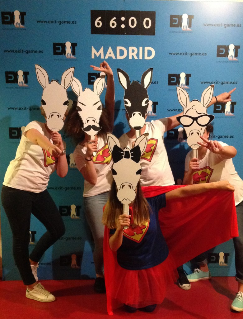 Exit-Game-Madrid-Despedida-Superwoman
