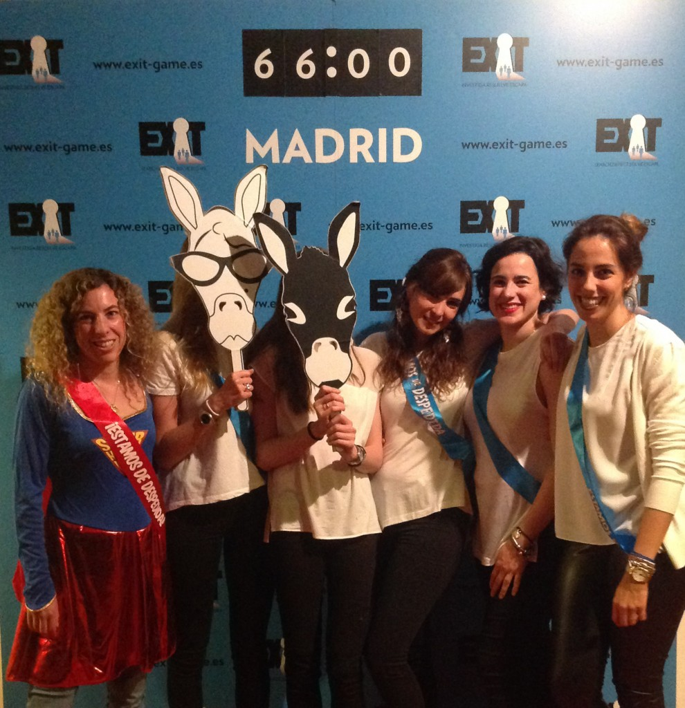Exit-Game-Madrid-Despedida-superwoman02