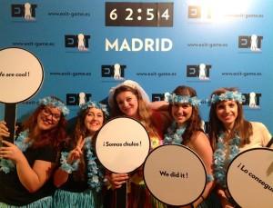 Exit-Game-Madrid-Despedida-hawaianas